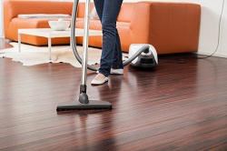 Laminate and Wood Floors Cleaning